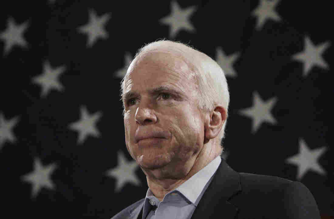 Sen. Klobuchar Pays Tribute To 'Mentor' McCain
