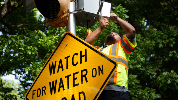 The city of Austin is installing cameras that will let residents see rising floodwaters at key intersections.