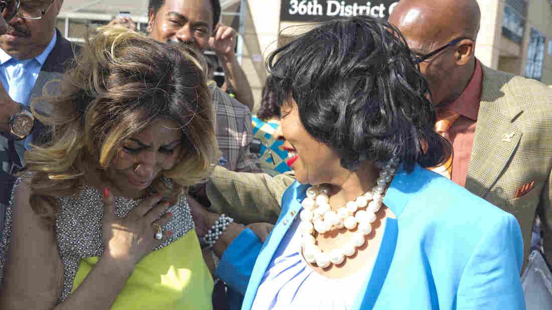 Aretha Franklin, left, becomes emotional during her street naming on June 8, 2017 in Detroit, Michigan, alongside Detroit City Councilwoman Brenda Jones. (Monica Morgan/Getty Images)