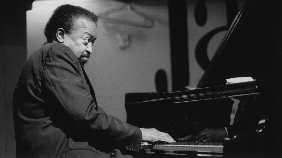 Gene Harris On Piano Jazz