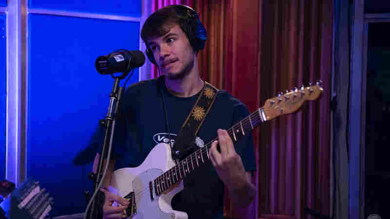 Watch Rex Orange County Perform 'Loving Is Easy' Live In The Studio