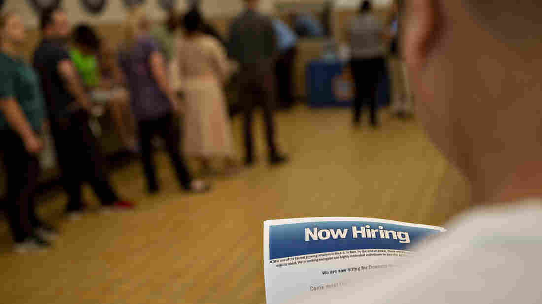 Economy adds 201000 jobs in August