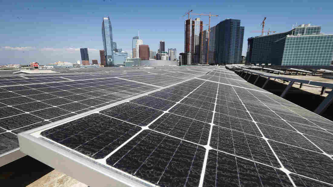 California challenges world with green-power goal