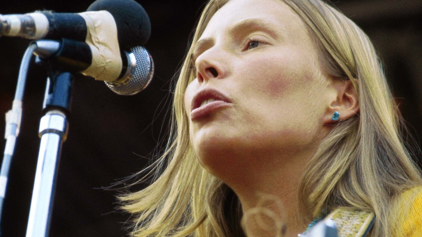 They Fed Me To The Beast': Joni Mitchell At The Isle Of