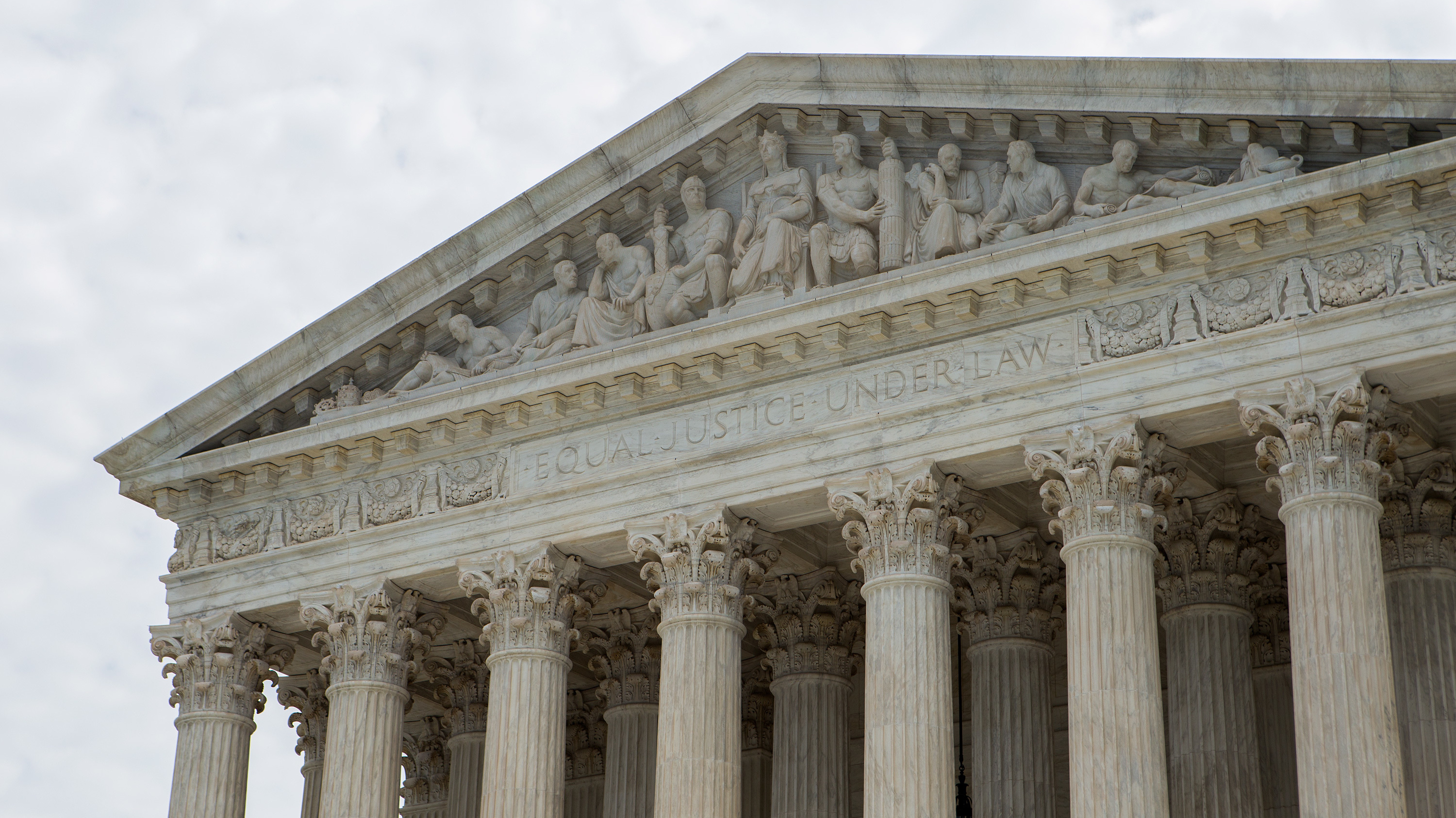 npr.org - Joel Rose - Supreme Court Ruling Means Thousands Of Deportation Cases May Be Tossed Out
