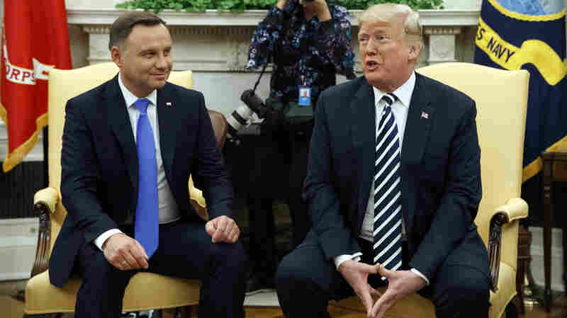Trump studying possibility of a permanent USA  base in Poland