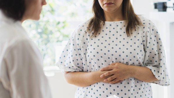 If patients are obese, their physicians should refer them to behavior-based weight loss programs or offer their own, a national panel of experts says. Yet many doctors aren