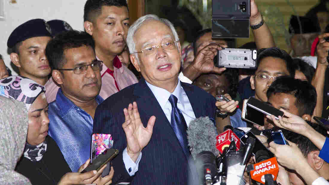 Malaysia ex-PM hit with new charges over 1MDB scandal