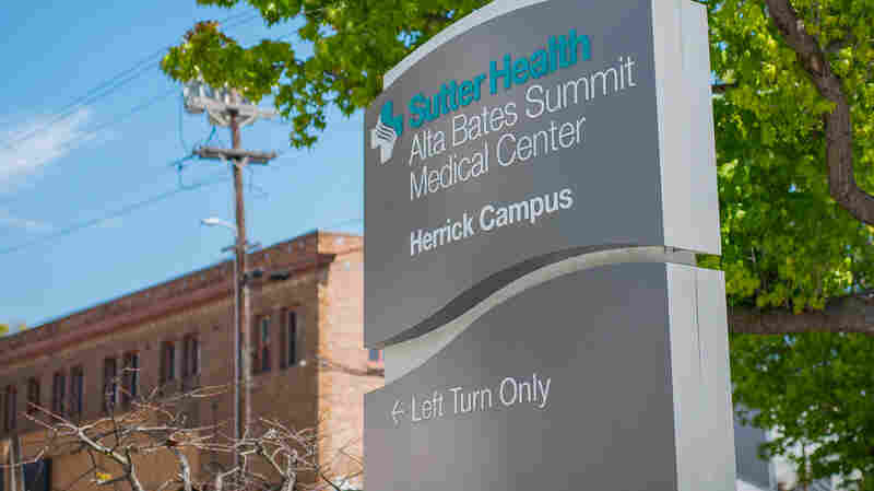 Medicare Eases Up On Readmissions Penalties For Hospitals Serving The Poor