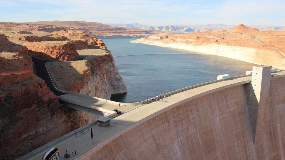 Lake Powell stores water from the Colorado River and straddles the Arizona-Utah border. It is currently storing less than half of its capacity. (Luke Runyon/KUNC)