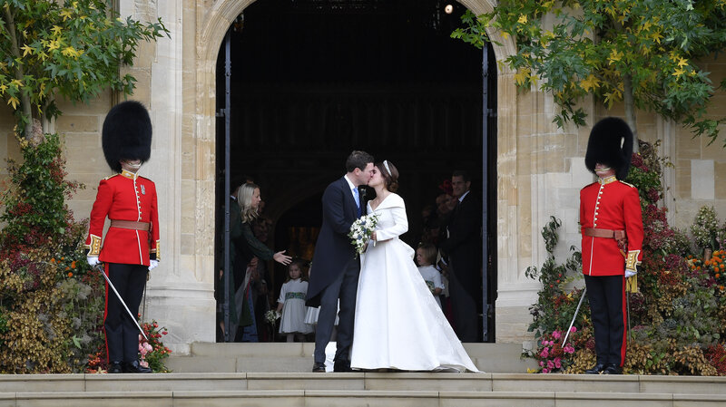 You Look Perfect Princess Eugenie Of York Marries In Another Royal