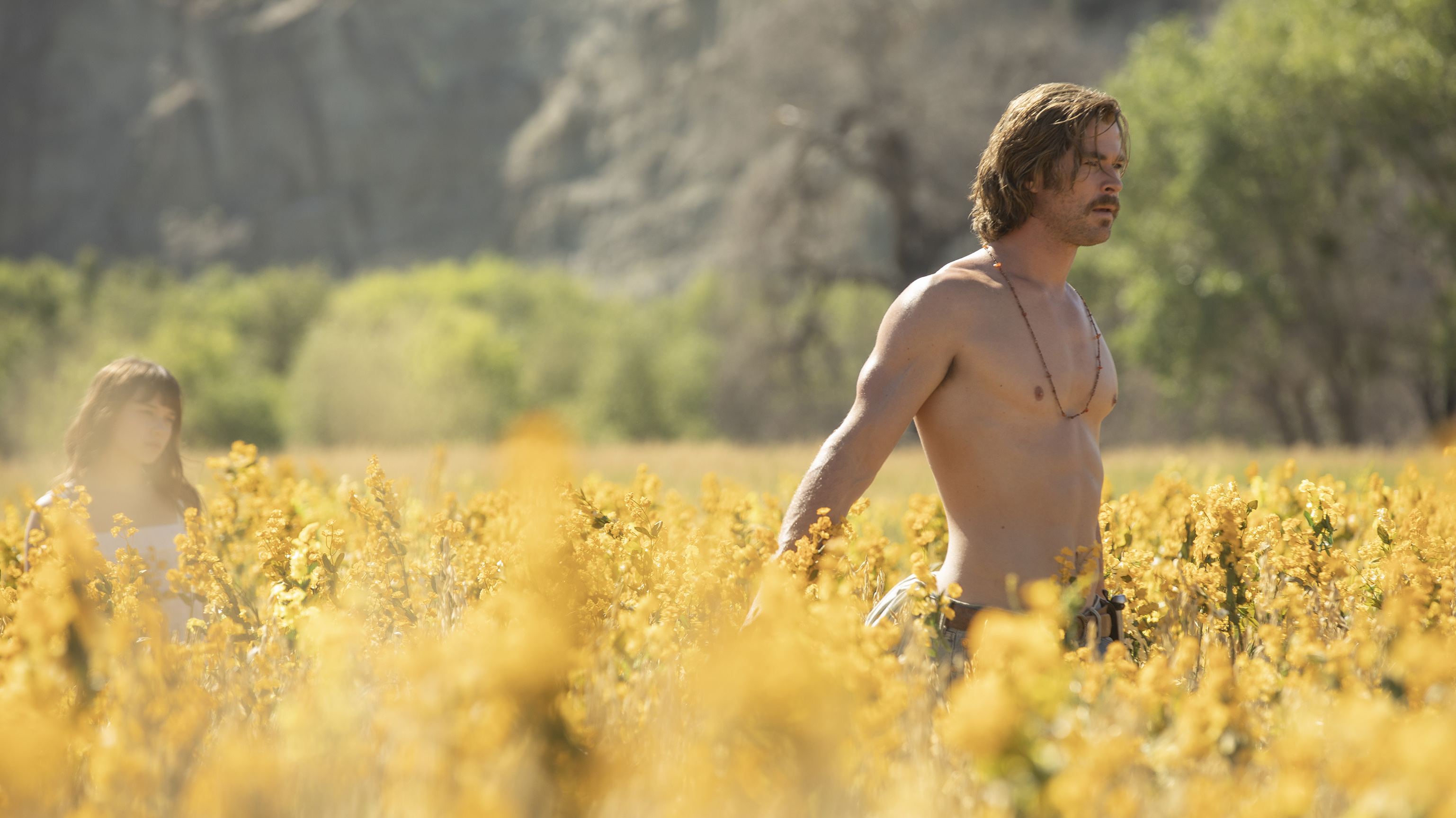 'Bad Times At The El Royale' Is A Twisty, Neon-Lit Neo-Noir