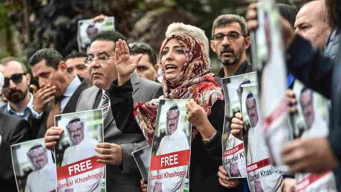 Saudi king calls Erdogan as Khashoggi fallout widens