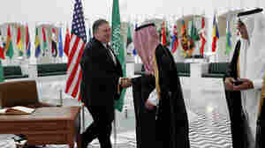 Pompeo Arrives In Saudi Arabia To Discuss Khashoggi Disappearance