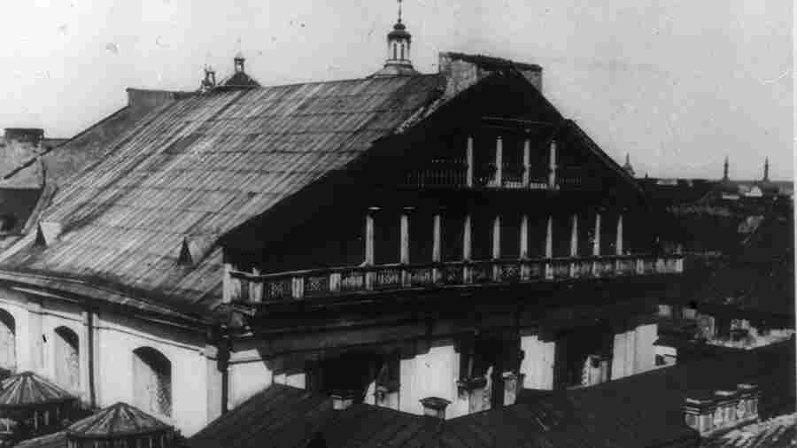 Excavation Of Lithuania's Great Synagogue Highlights A 'Painful Page' From History