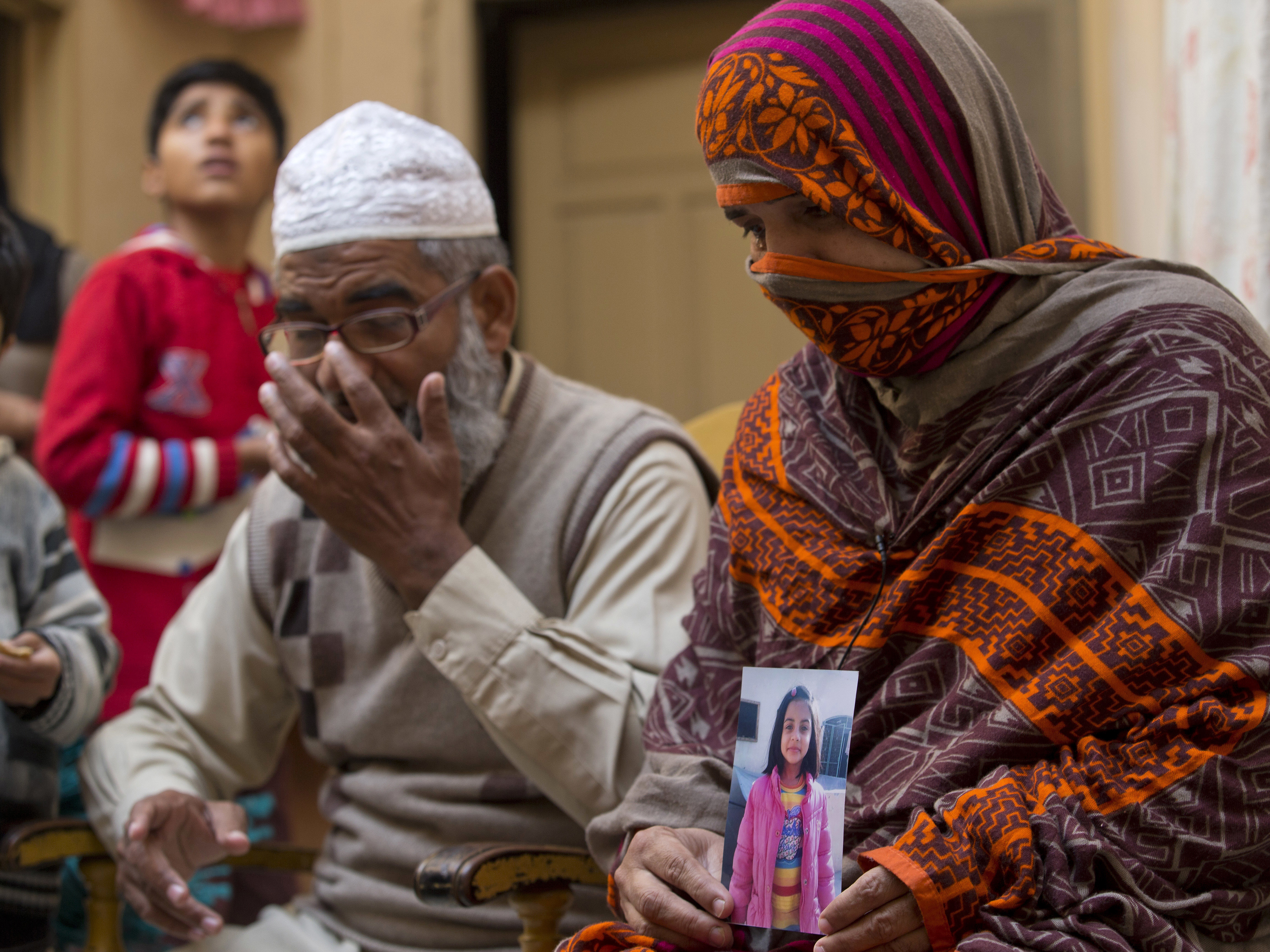 Pakistan Executes 'Serial Killer' Who Raped And Murdered 7-Year-Old Zainab  Ansari : NPR