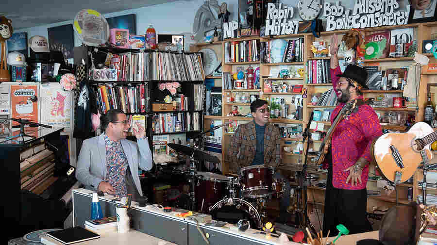 Alfredo Rodríguez: Tiny Desk Concert