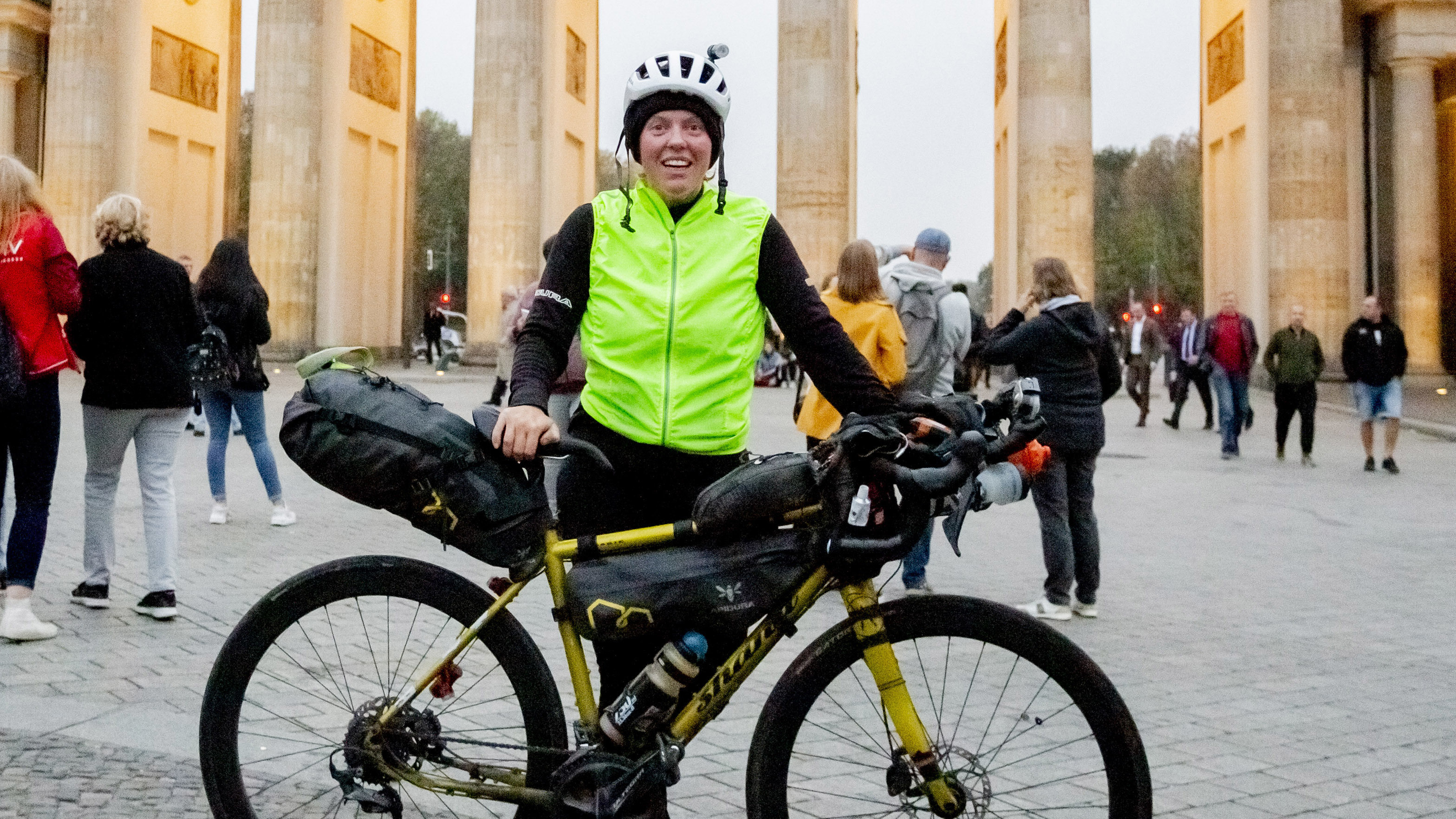 Jenny Graham Cycles Around The World In Under 125 Days Shattering Record