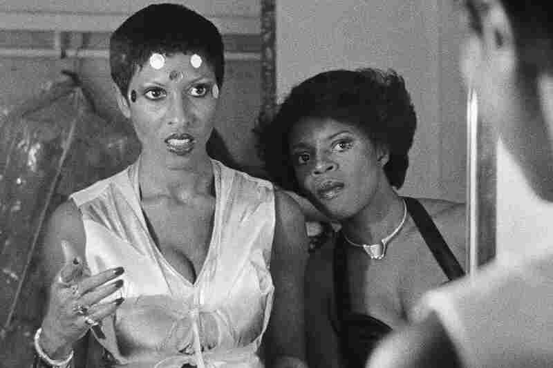 Nona Hendryx and Sarah Dash of Labelle prep backstage at Paramount Theater in Oakland, Calif., in 1975.