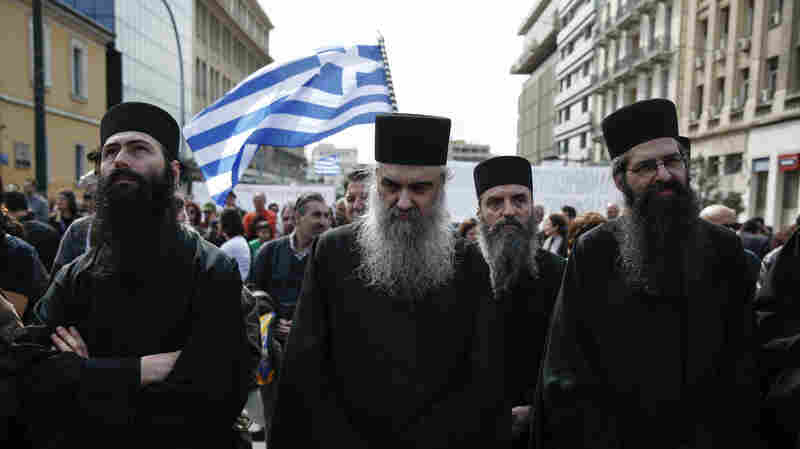 Greece Strikes Tentative Deal To Remove Orthodox Clergy From State Payroll