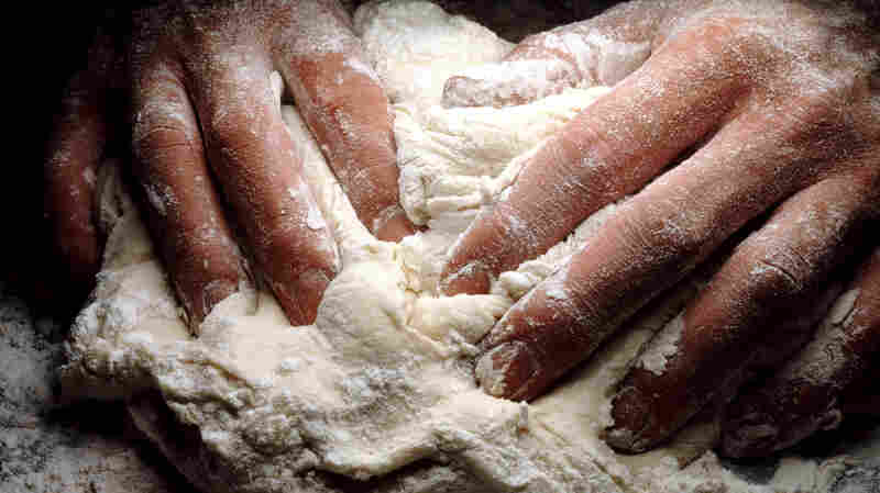 Sourdough Hands: How Bakers And Bread Are A Microbial Match