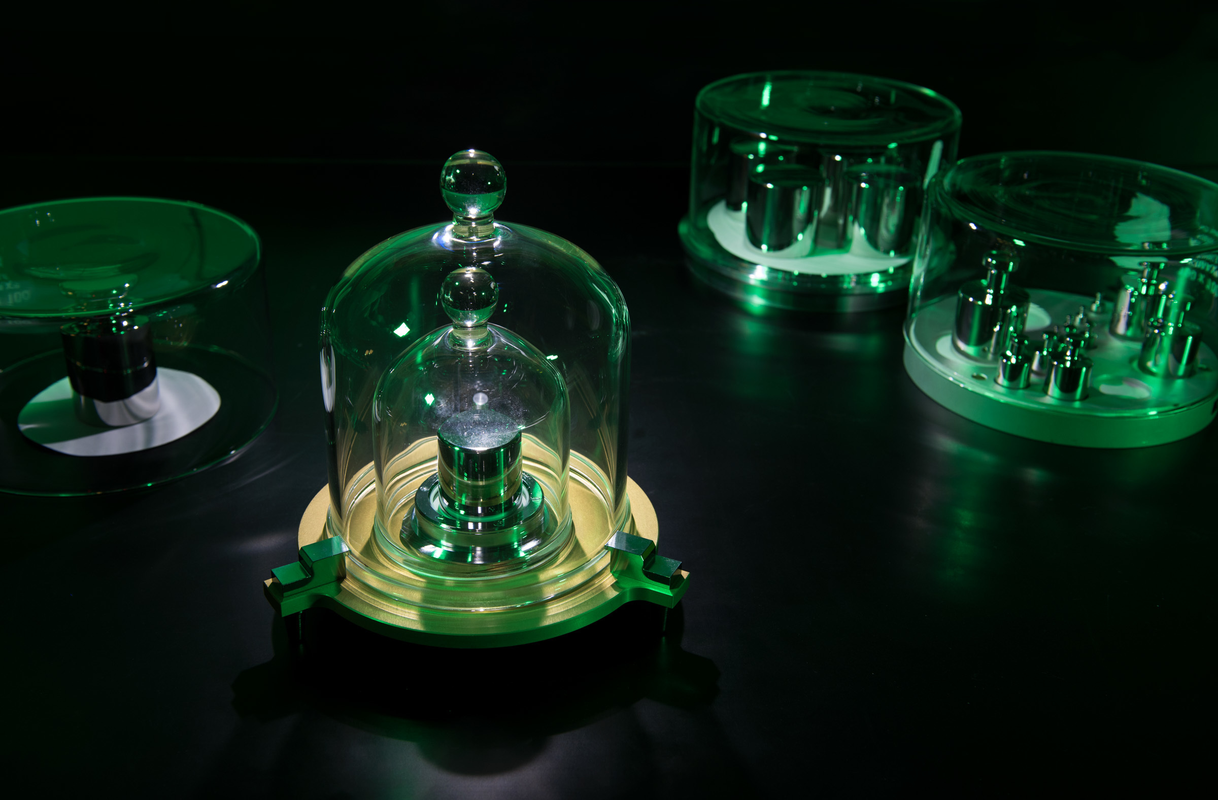 Say Au Revoir To That Hunk Of Metal In France That Has Defined The Kilogram