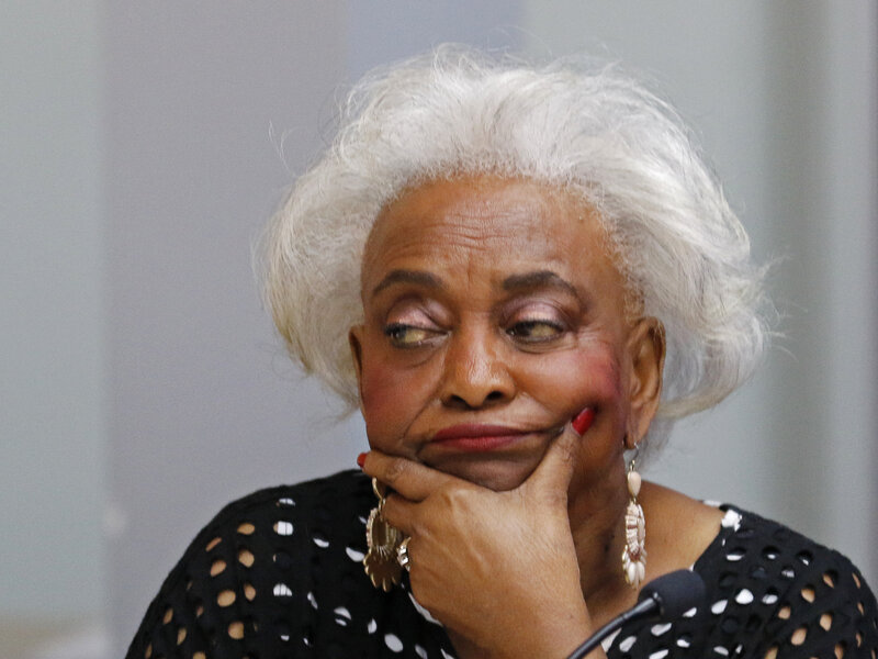 Embattled Broward County Elections Supervisor Suggests She'll Step