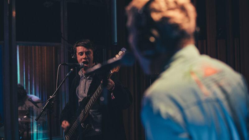 studio fow songbirds shame