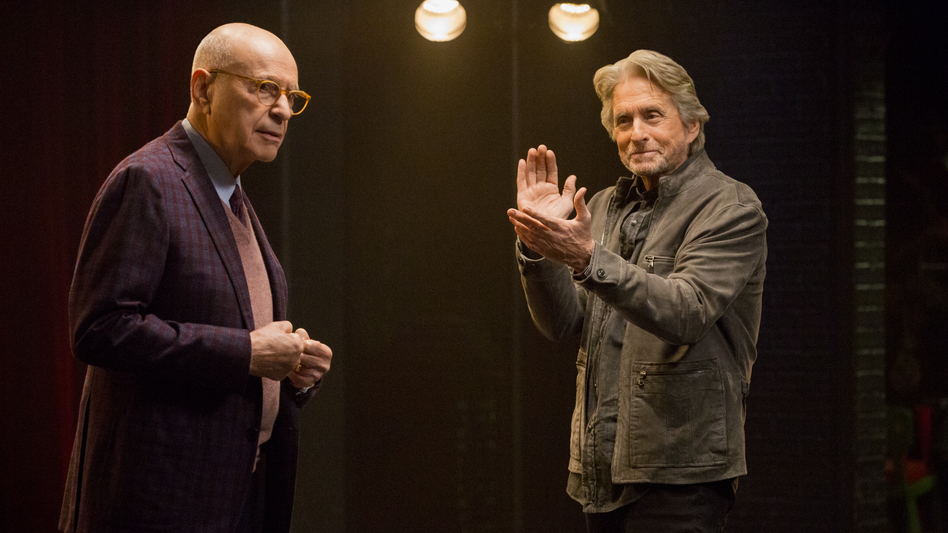 Michael Douglas (right) plays an aging actor and acting coach in <em>The Kominsky Method. </em>Alan Arkin is his longtime agent. (Mike Yarish/Netflix)