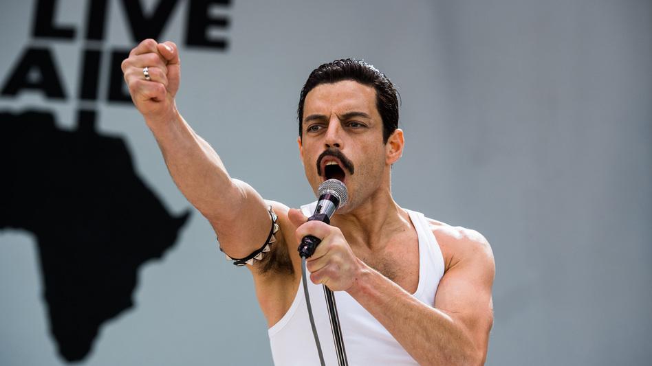 Rami Malek stars as Queen lead singer Freddie Mercury in <em>Bohemian Rhapsody.</em> (Alex Bailey/20th Century Fox)