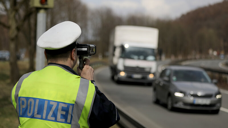 Fast In German >> Well That Was Fast Young German Speeder Earns Loses License In 49