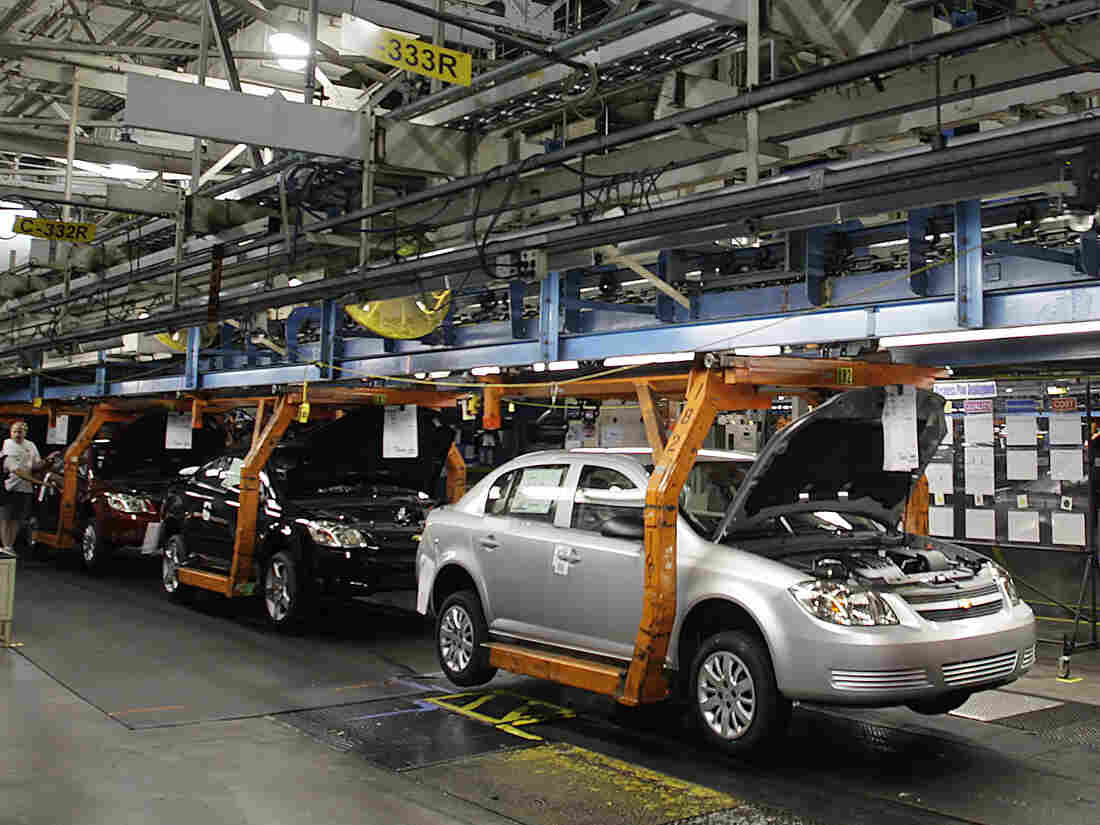 GM closing Lordstown assembly plant, cutting 14,700 jobs in North America