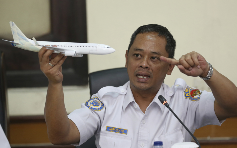 Nurcahyo Utomo, an investigator for Indonesia's National Transportation Safety Committee, speaks at a news conference in Jakarta, Indonesia, on Wednesday, about preliminary findings from the investigation into the crash of Lion Air Flight 610. (Achmad Ibrahim/AP)