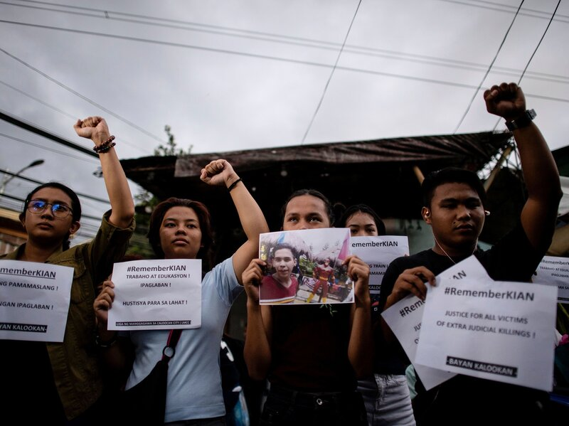 3 police officers found guilty of murder in philippines war on