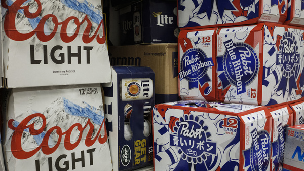 Pabst Brewing and MillerCoors have ended a legal fight that lasted more than two years, extending a contract under which MillerCoors brews beer for Pabst.