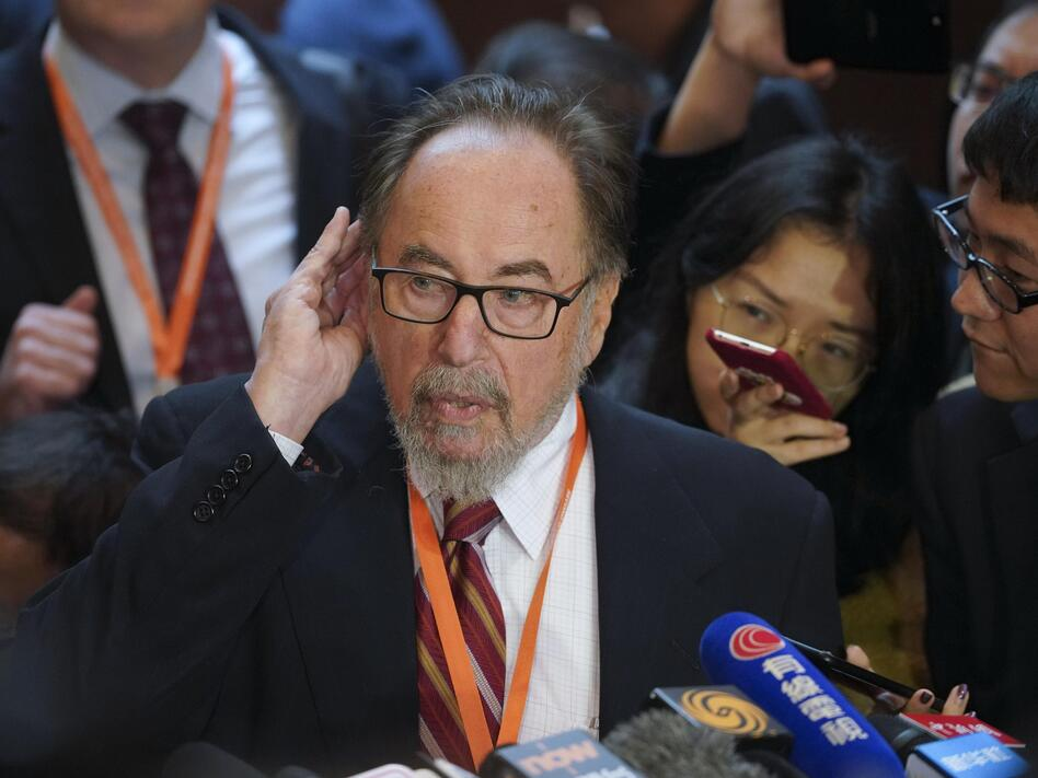 American biologist David Baltimore criticized a fellow scientist who claims he has edited the genes human embryos during the Second International Summit on Human Genome Editing at the University of Hong Kong. (China News Service/VCG via Getty Images)