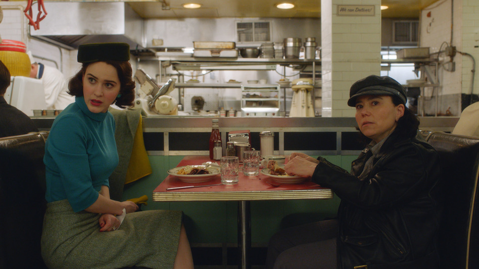 Hello Deli: Midge (Rachel Brosnahan) and Susie (Alex Borstein) nosh and schmooze in Season 2 of Amazon's <em>The Marvelous Mrs. Maisel.</em> (Amazon Prime Video)