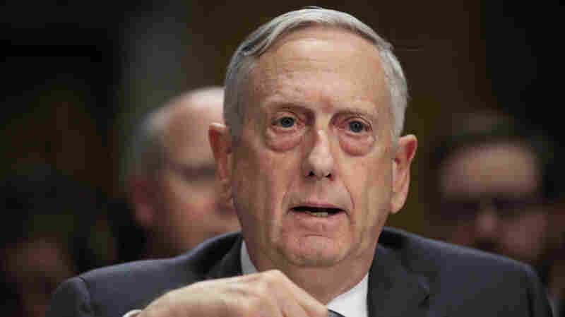 Pentagon Will Train Recruits Holding Green Cards Following Court Order