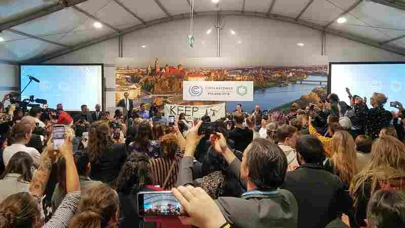 Dueling U.S. Agendas As U.N. Climate Change Summit Enters Crucial Final Week