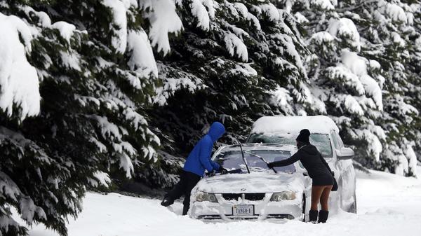 Winter Storm Wallops Parts Of Southeastern U.S.