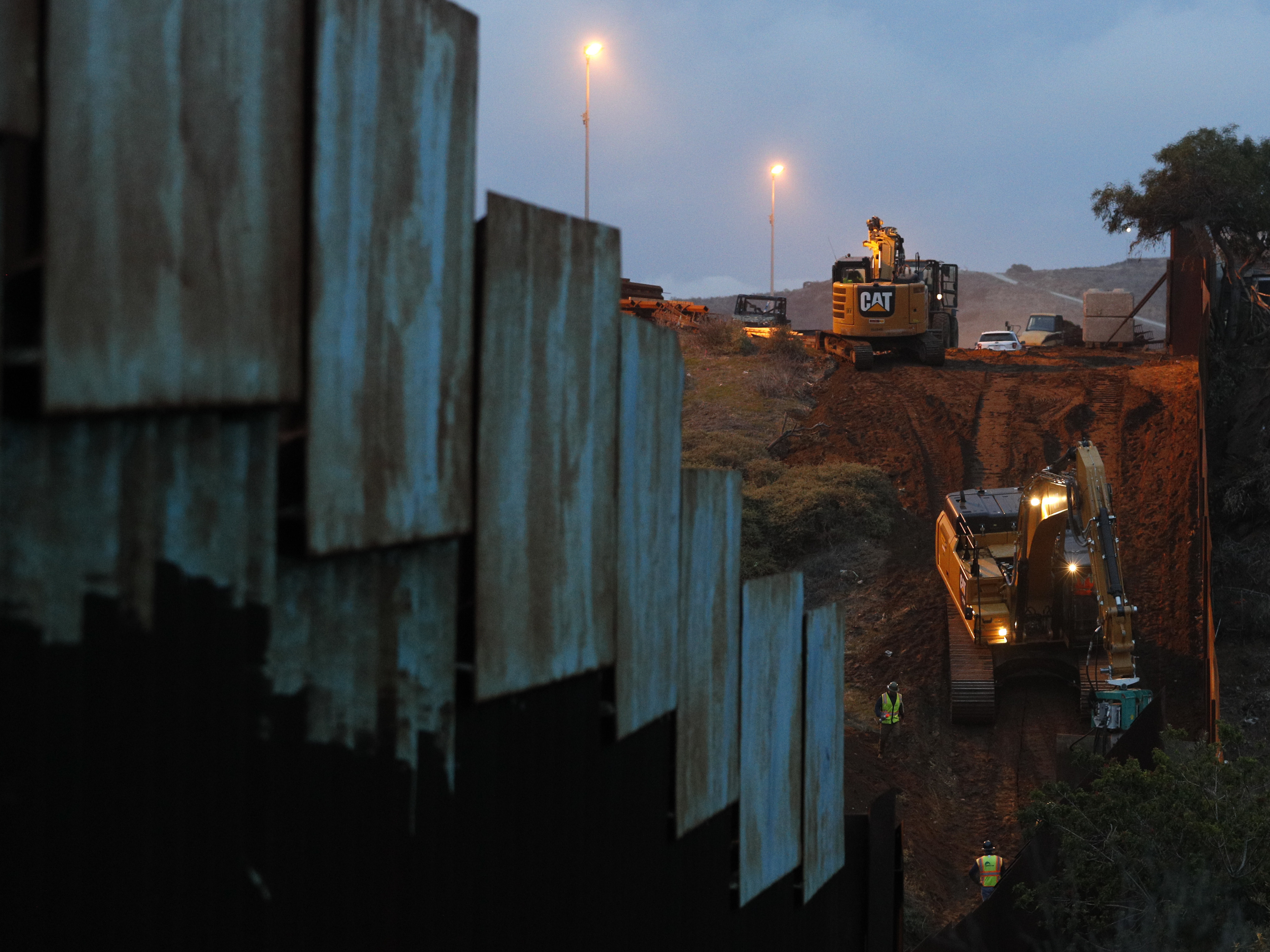 Fact Check Trump Says A Lot Of Wall Has Been Built As He Demands We Build More Npr