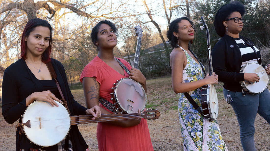 Rhiannon Giddens Forms Our Native Daughters, Shares Harrowing 'Mama's Cryin' Long'