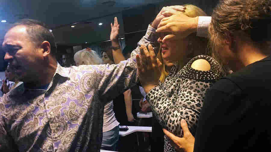 Iranians Are Converting To Evangelical Christianity In Turkey