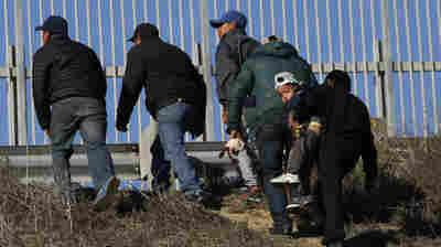 Hispanic Caucus Calls For Investigation Into Migrant Child's Death