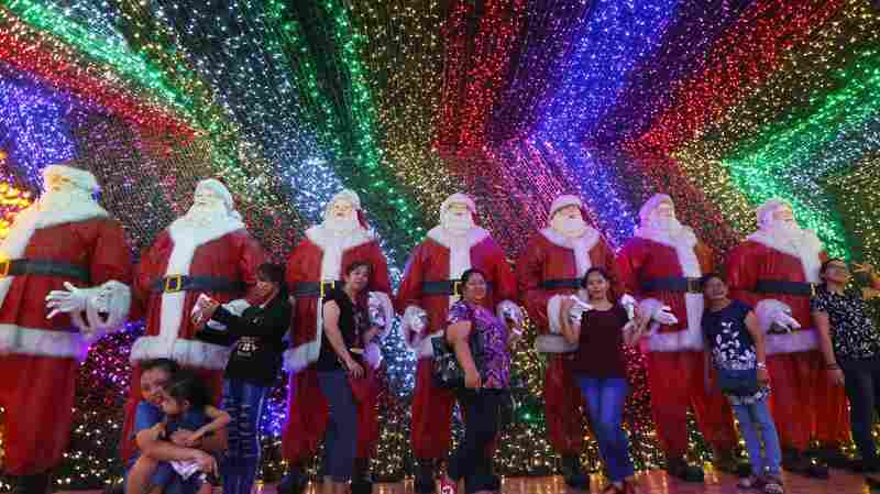 Love The Holidays? The Philippines Celebrates 4 Months Of Christmas Mania