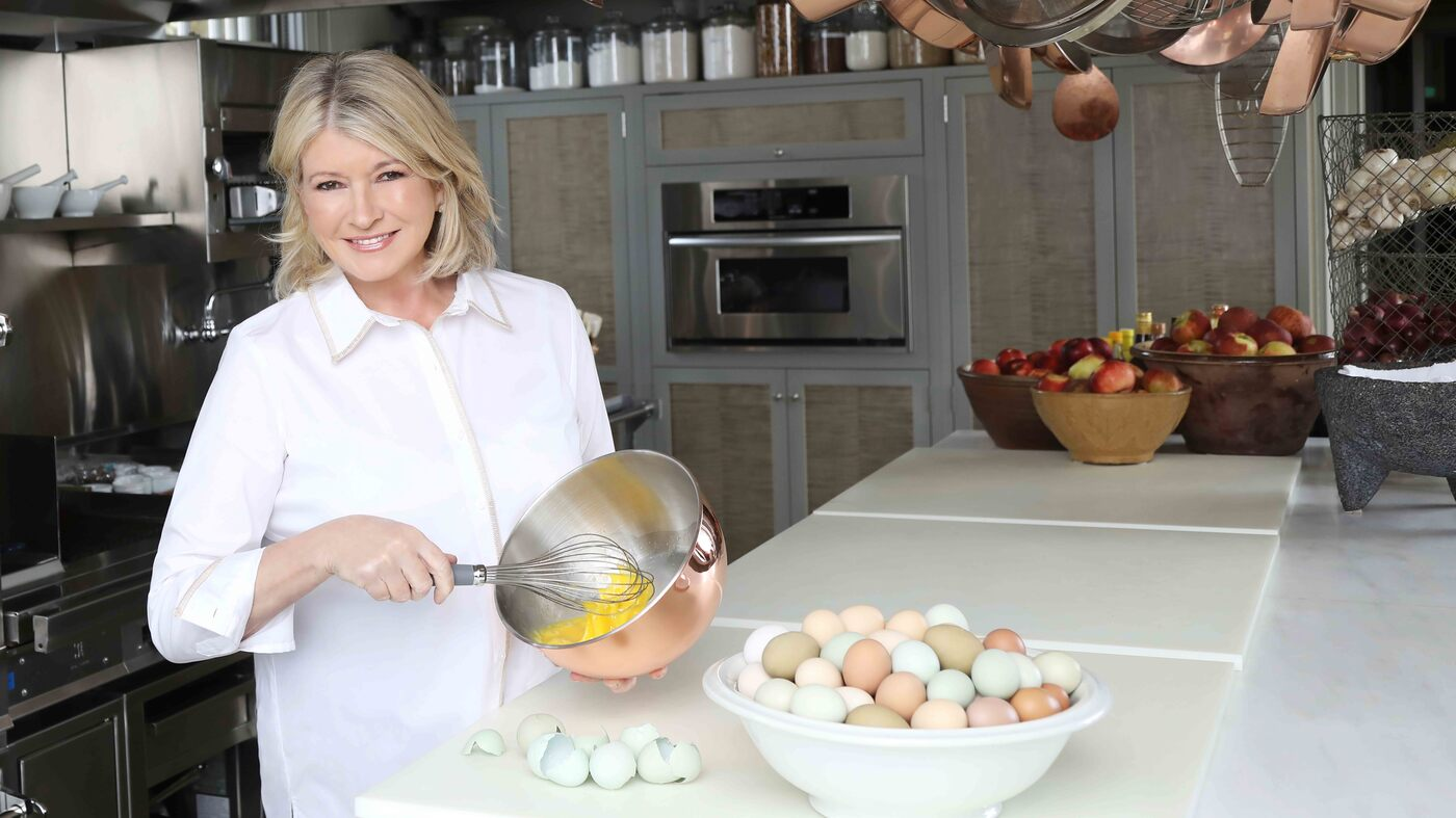 Here Are Martha Stewart's Tips For Hosting A Terrific New Year's Eve