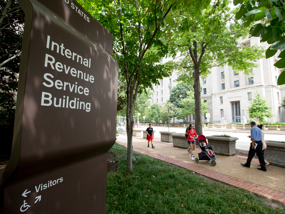 Changes in the tax code mean that charitable donations may no longer be deducted, which could come as a surprise to many taxpayers. (Andrew Harnik/AP)