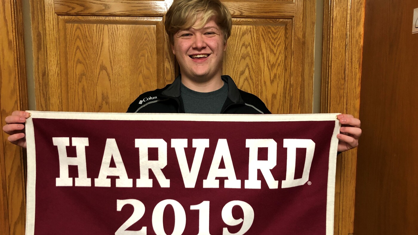 16-year-old set for researchers from Kansas High School and Harvard