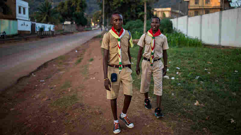 These Scouts Are Prepared For Dirty Dishes — And Keeping The Peace