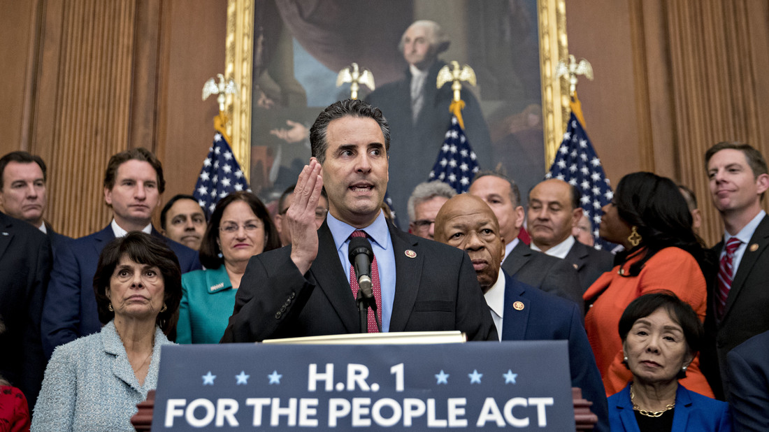 House Democrats Introduce Anti-Corruption Bill HR1 As